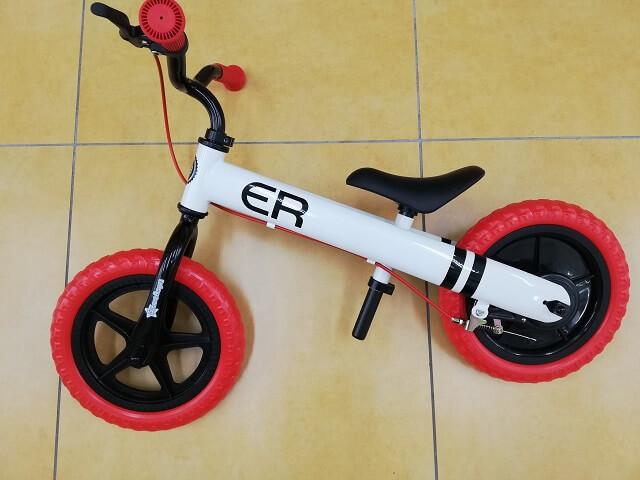 西松屋のキックバイクの特徴