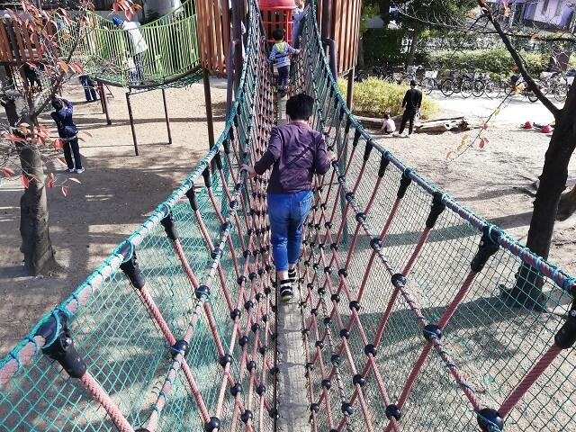 実際に吊り橋を渡ってみた