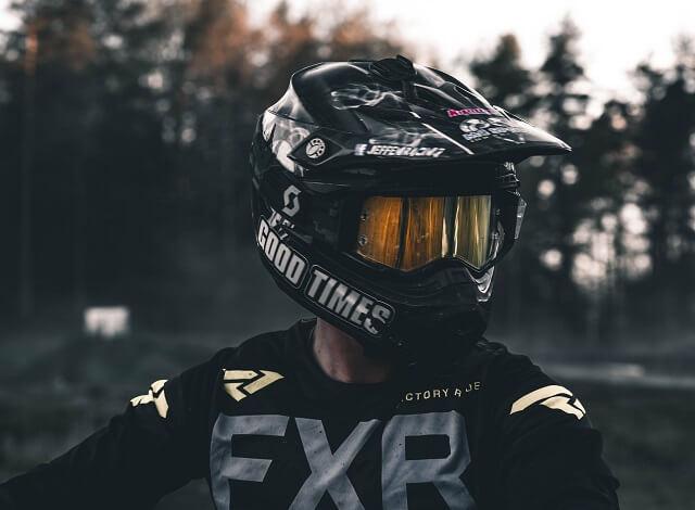 【上級者向け】ストライダーのおすすめヘルメット2選