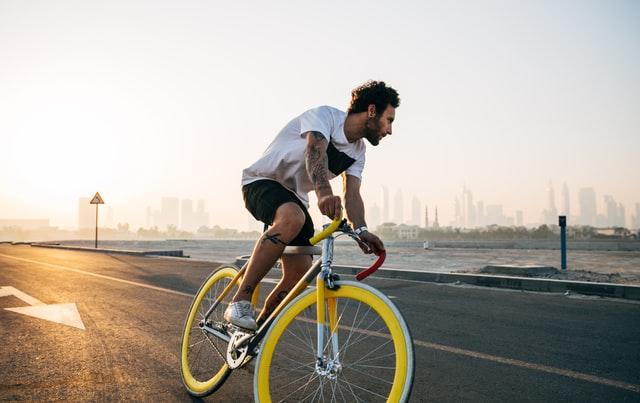 他社の電動スポーツ自転車との違い